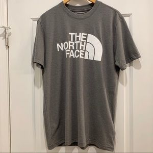 NWT The North Face Gray Classic Fit T-Shirt